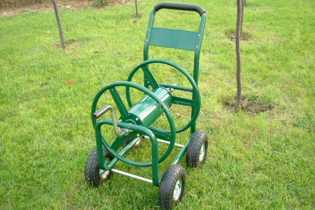 Using a Hose Reel Cart to Grow Your Own Vegetables