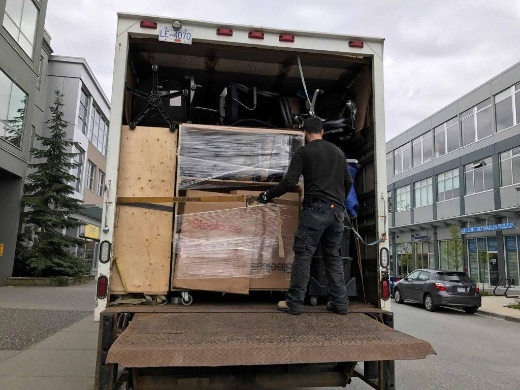 movers saskatoon to toronto