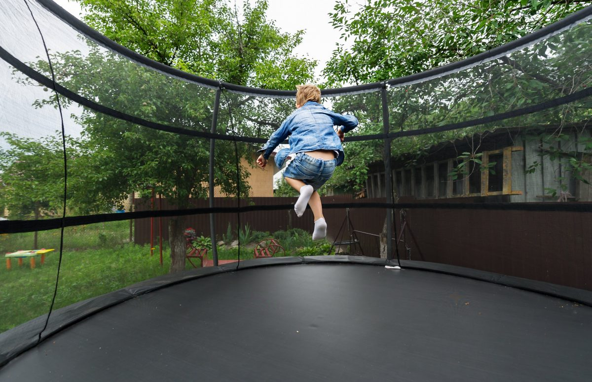 You Must Get These Safety Features When Buying a Trampoline